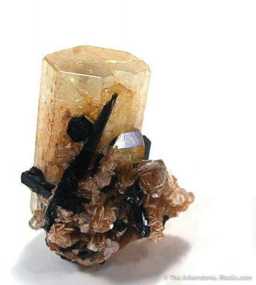 Goshenite (Beryl) With Schorl