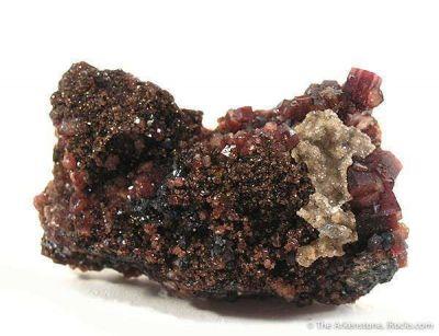 Manganpyrosmalite