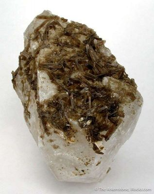 Childrenite on Quartz