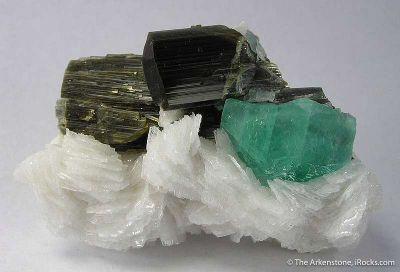 Fluorite, Tourmaline, Albite