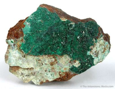 Gillardite on Gaspeite