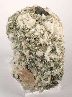 Tantalite With Morganite