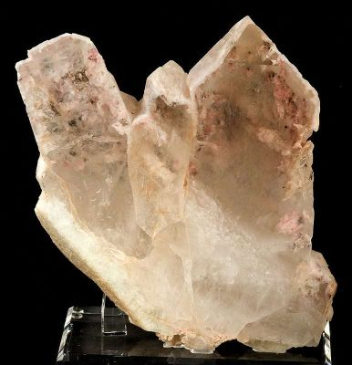 Quartz Included By Montmorillonite