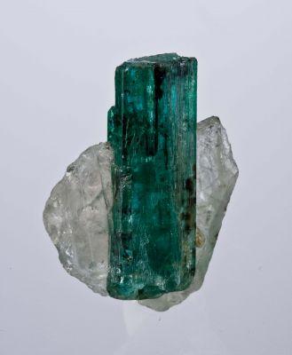 Emerald on Quartz