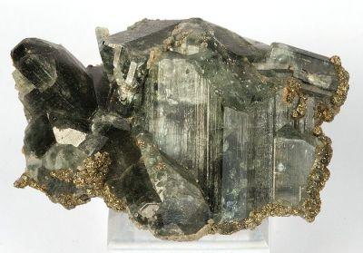 Apatite-(Caf), Chalcopyrite, Siderite