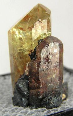 Apatite-(Caf), Hematite, Magnetite