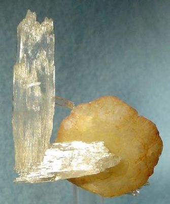 Ankerite, Quartz