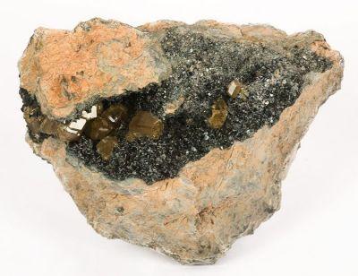 Andradite (Var: Topazolite), Clinochlore