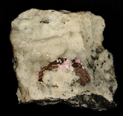 Alumohydrocalcite, Pyrite