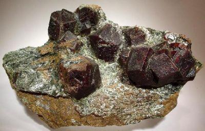 Almandine, Biotite