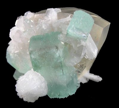 Apophyllite-(Kf), Stilbite-Ca, Calcite