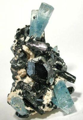 Beryl (Var: Aquamarine), Schorl, Feldspar Group