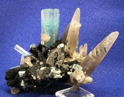 Beryl (Var: Aquamarine), Quartz (Var: Smoky Quartz), Schorl