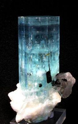 Beryl (Var: Aquamarine), Schorl, Quartz, Albite