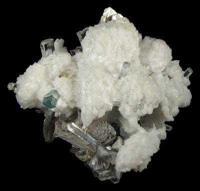 Beryl (Var: Aquamarine), Muscovite, Albite (Var: Cleavelandite)