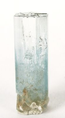 Beryl (Var: Aquamarine), Schorl
