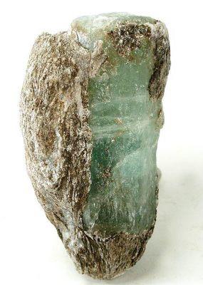 Beryl (Var: Emerald), Muscovite
