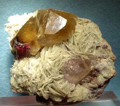Beryl (Var: Morganite), Elbaite, Quartz (Var: Smoky Quartz)