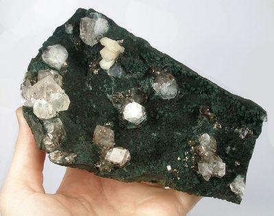 Calcite, Apophyllite-(Kf), Stilbite-Ca, Celadonite