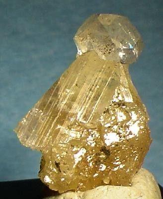 Calcite, Powellite
