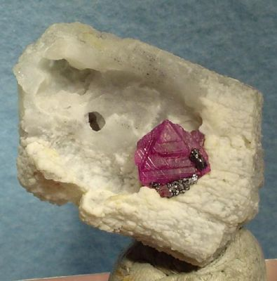 Corundum (Var: Ruby), Scapolite