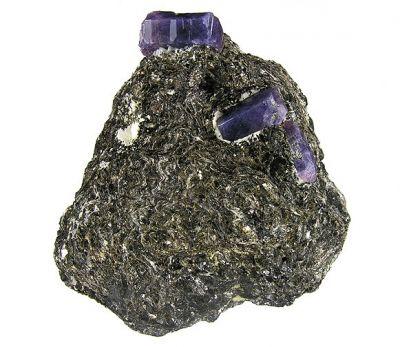 Corundum (Var: Sapphire)