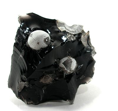 Cristobalite, Obsidian