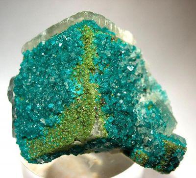 Dioptase, Duftite, Calcite