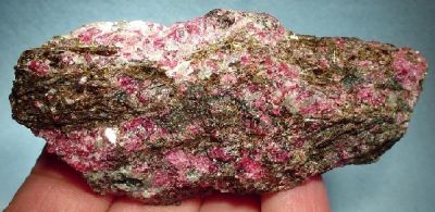 Eudialyte, Astrophyllite