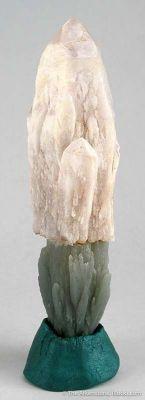 Amethystine Quartz Scepter on Hedenbergite-Included-Quartz