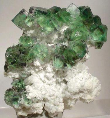 Fluorite, Albite