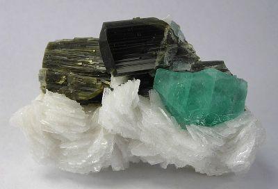 Fluorite, Elbaite, Albite