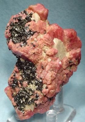 Franklinite, Rhodonite