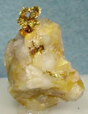 Gold, Quartz (Var: Milky Quartz)