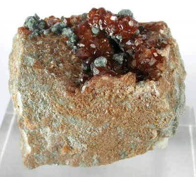 Grossular (Var: Hessonite), Clinochlore