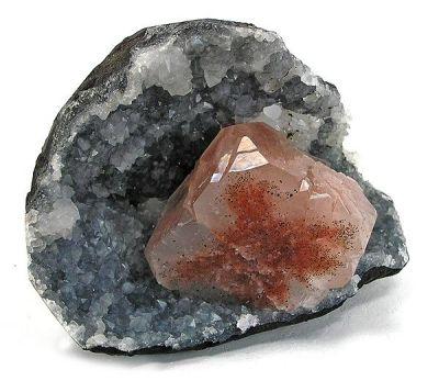 Hematite, Apophyllite