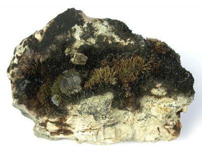 Johannsenite, Sphalerite