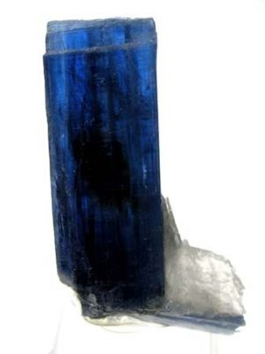 Kyanite, Quartz