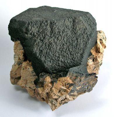 Magnetite, Feldspar Group