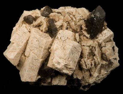 Microcline, Quartz (Var: Smoky Quartz)