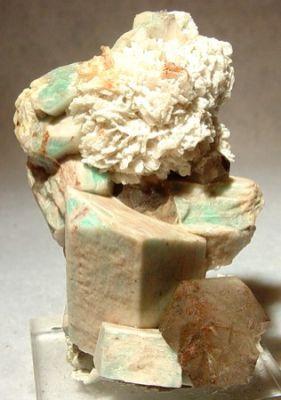 Microcline (Var: Amazonite), Quartz, Albite