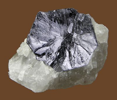 Molybdenite, Quartz
