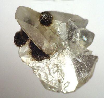 Nchwaningite, Calcite