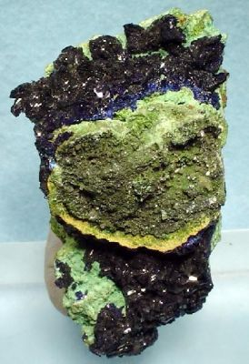 Olivenite, Cerussite, Azurite