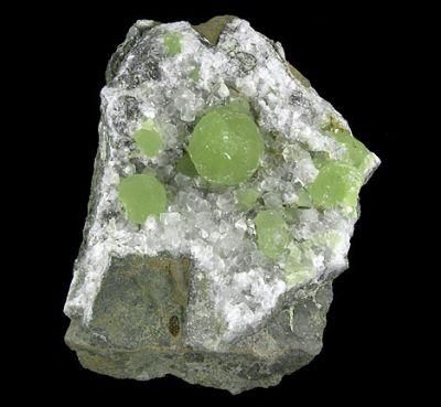 Prehnite, Calcite