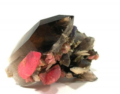 Quartz (Var: Smoky Quartz), Rhodochrosite, Bertrandite