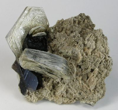 Quartz (Var: Smoky Quartz), Muscovite, Microcline