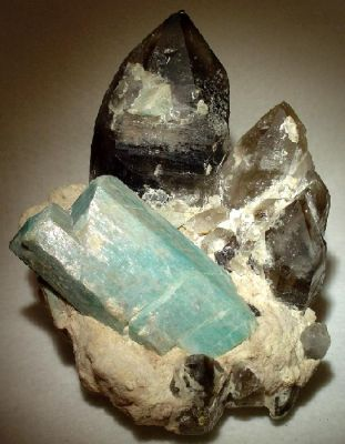 Quartz (Var: Smoky Quartz), Microcline (Var: Amazonite), Feldspar Group