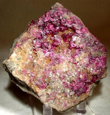 Roselite-Wendwilsonite Series