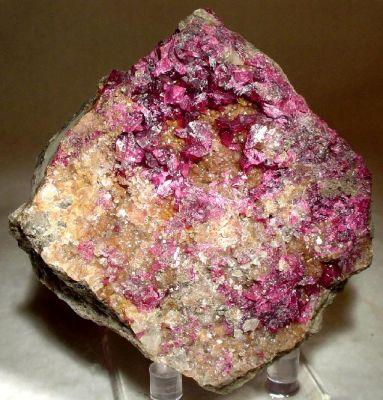 Roselite-Wendwilsonite Series